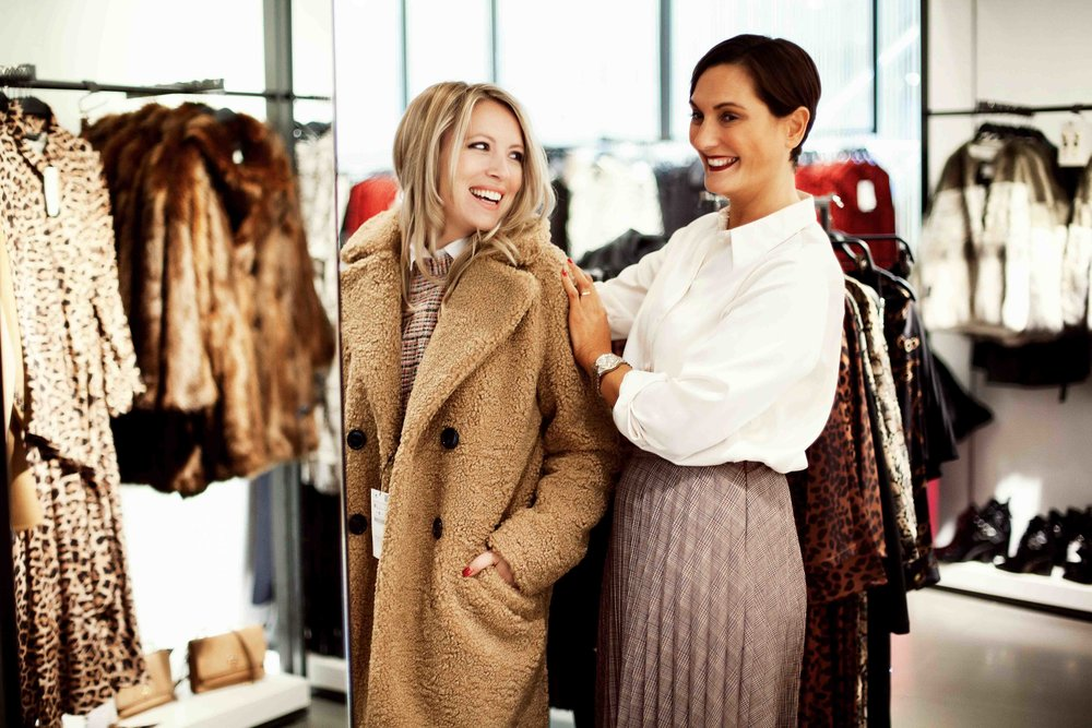 The benefits of Using and Locating a Fashion Stylist – Dont Walk Fashion